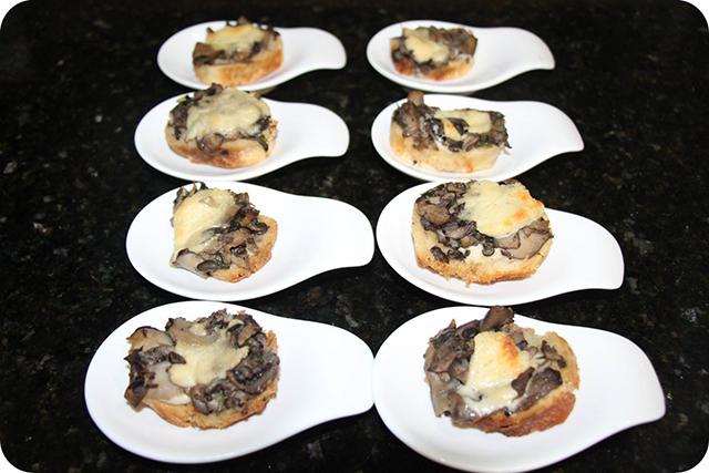 Bruschetta di Funghi Porcini : Decoração do Jantar Dia dos Namorados