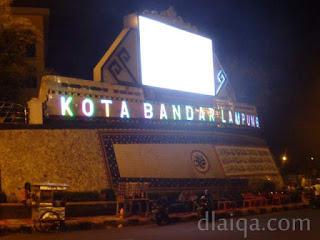 suasana malam di Kota Bandar Lampung