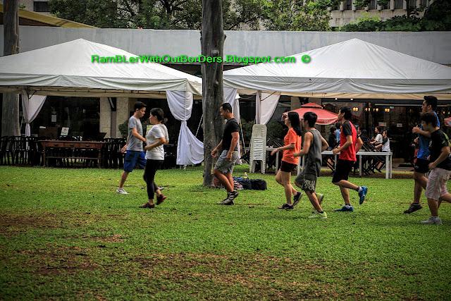 joggers, Ayala Triangle Park, Makati, Manila, Philippines