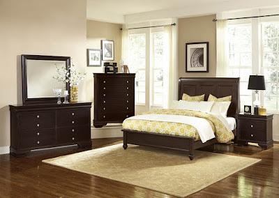 Vaughan-Bassett bedroom set