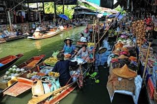 السوق العائم بانكوك