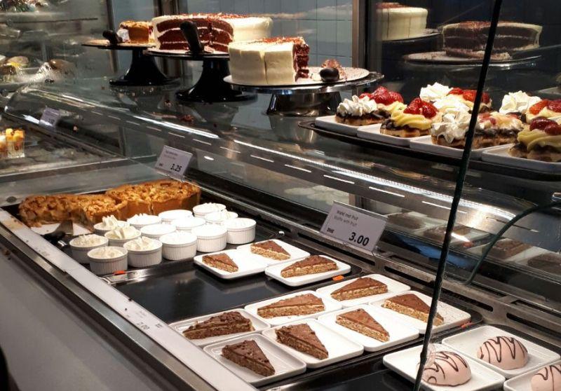IKEA restaurant Delft desserts