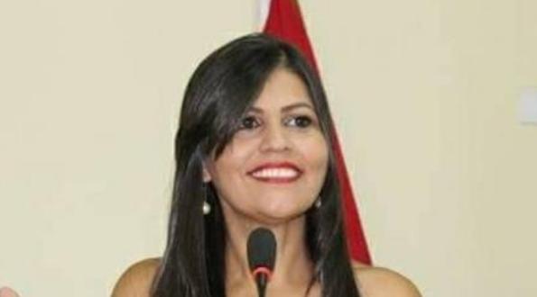 Vereadora desmente em tribuna notícia sobre Wesley Safadão como atração na 55° Festa da Juventude em Santana do Ipanema/AL