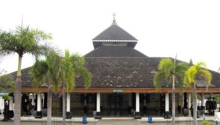 10 Kerajaan Tertua di Asia Tenggara Yang Menarik Untuk Dikunjungi Wisatawan
