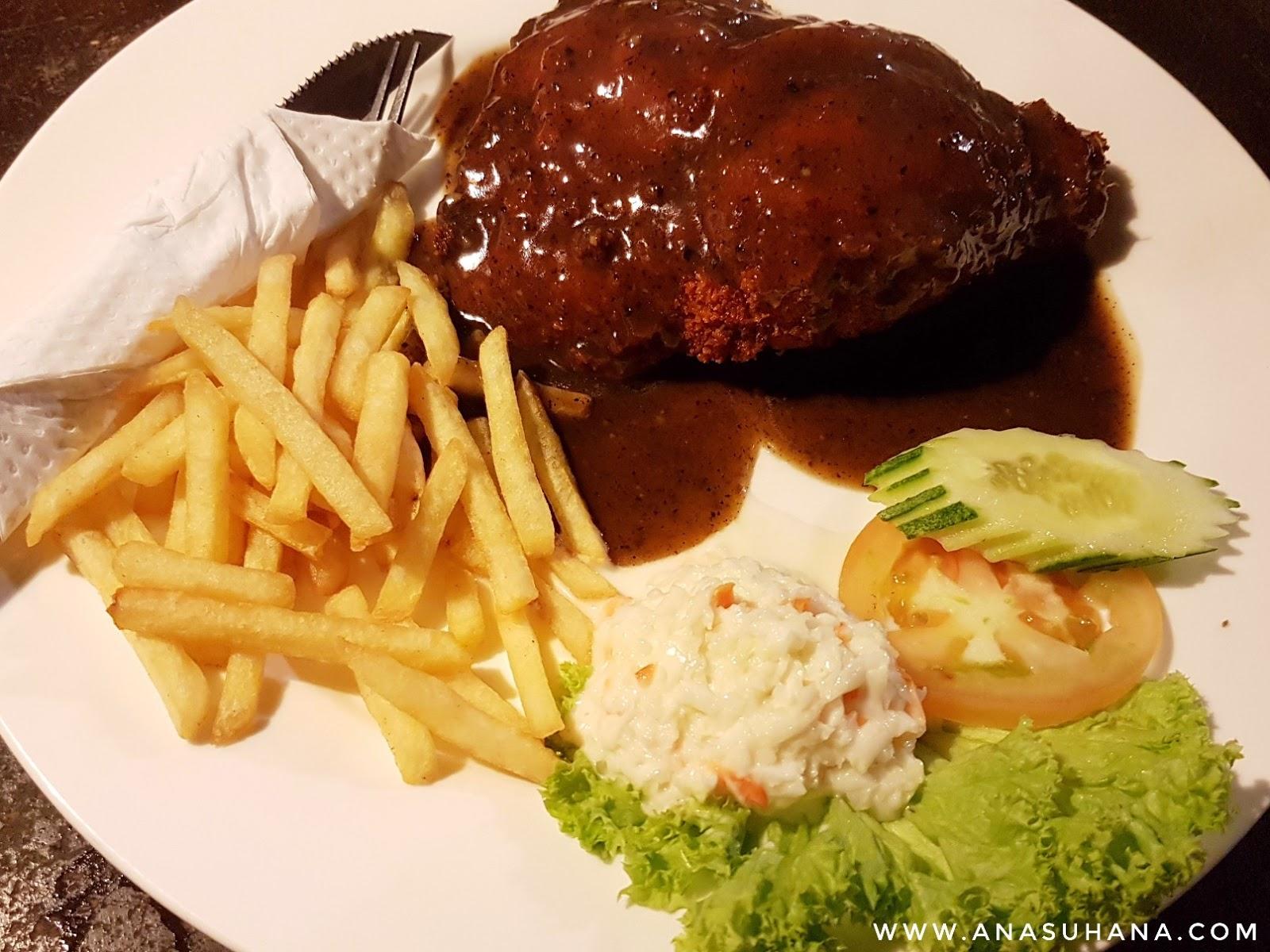 NR Cafe Tok Jembal Kuala Terengganu