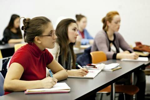 Έναρξη μαθημάτων στα Δ.ΙΕΚ Άργους και Ναυπλίου