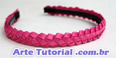 Como fazer para decorar um arco para cabelo com fitas