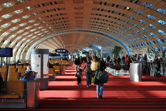 Aluguel de carro no aeroporto de Paris