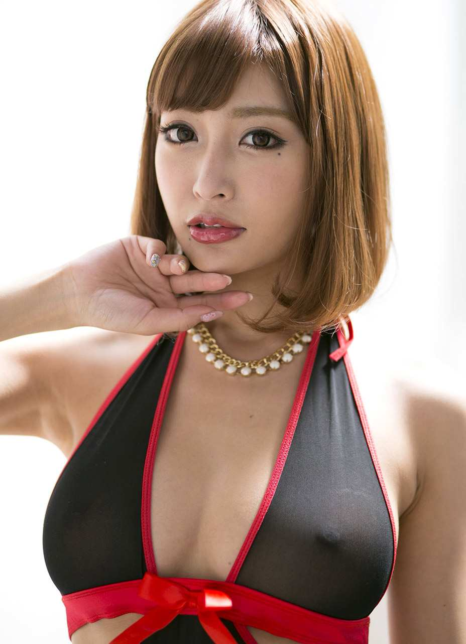 Japanese girls rio hamasaki and saki tsuji 5