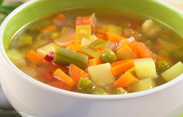 Sopa Vegana de Vegetales