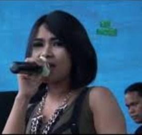 Kumpulan Full Album Lagu Puput Tivisya mp3 Terbaru dan Terlengkap
