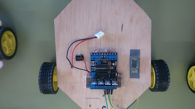 Placa picaxe y modulo bluetooth
