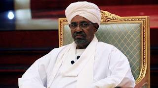 شاهد بالفيديو :اقتحام منزل الرئيس السوداني المعزول عمر البشير