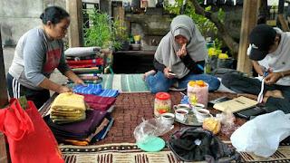 Membangun Kesadaran Perempuan untuk Berorganisasi