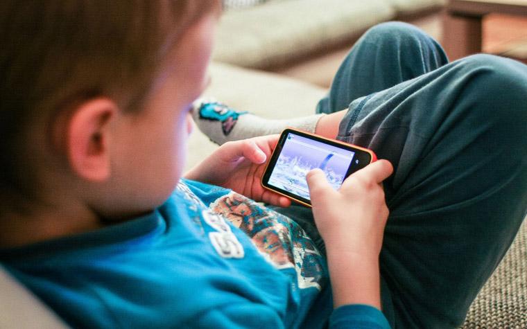 smartphone memang tak sanggup lepas dari genggaman Game Smartphone Terbaru yang Lagi Populer di Android dan iPhone
