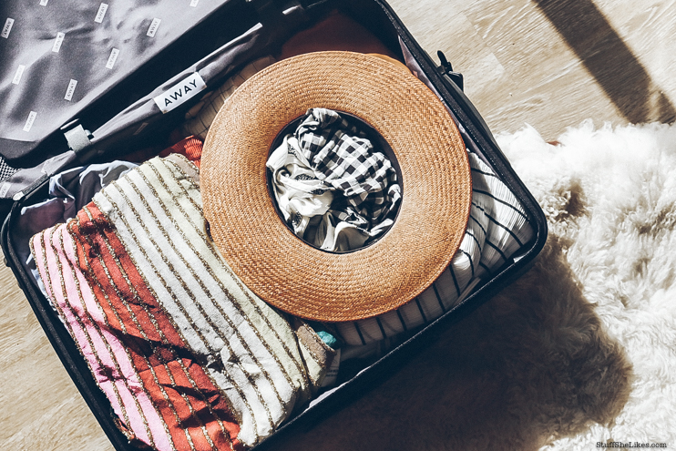 hats, strawhats, summer vacation, packing for vacation, janessa Leone, packing for mexico, packing for cabo