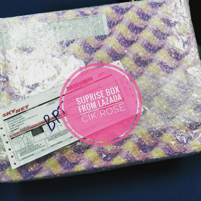LAZADA Suprise Box Sempena 5th Birthday yang buat Cik Rose betul-betul terkejut