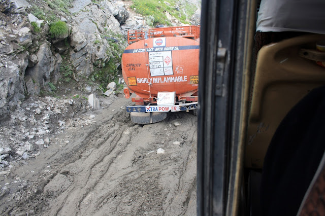 Rohtang, Manali, Landslide, Stuck, Truck, Mud, Leh, Ladakh, way