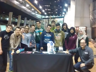 Alumnes de 4t ESO de robòtica