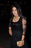 Sakshi Agarwal looks stunning in all black gown at 64th Jio Filmfare Awards South ~  Exclusive 011.JPG
