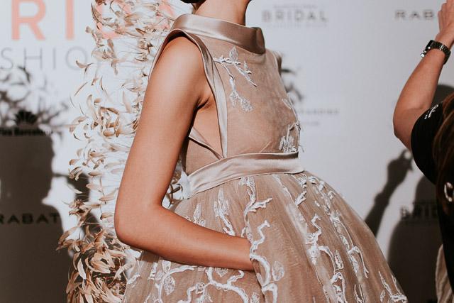 isabel zapardiez vestido novia boda san sebastian desfile barcelona bridal week blog