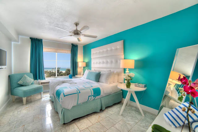 The Beacon South Beach puts the heart of Miami at your fingertips. This boutique oceanfront hotel specializes in personal, quality service that makes you feel like royalty in a palace when compared with other South Beach hotels.