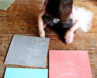 Cara Membuat Kerajinan Tangan Yang Mudah Dari Kayu, Membuat Papan Tulis Warna-warni 4