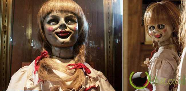Boneka Kayu di Film The Conjuring