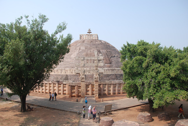 SANCHI STUPA INFORMATION FACT HISTORY MADHYA PRADESH INDIA