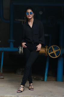 Actress Vani Bhojan New Photoshoot stills in Black Dress