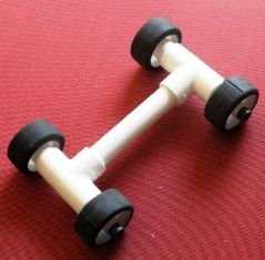 Cara Merangkai Roda agar dapat disambungkan dengan Aneka Mainan dari Pipa Pvc