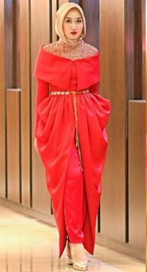Contoh Padu Padan Baju Warna Merah Dengan Jilbab