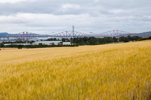 Forth road bridge a Queensferry