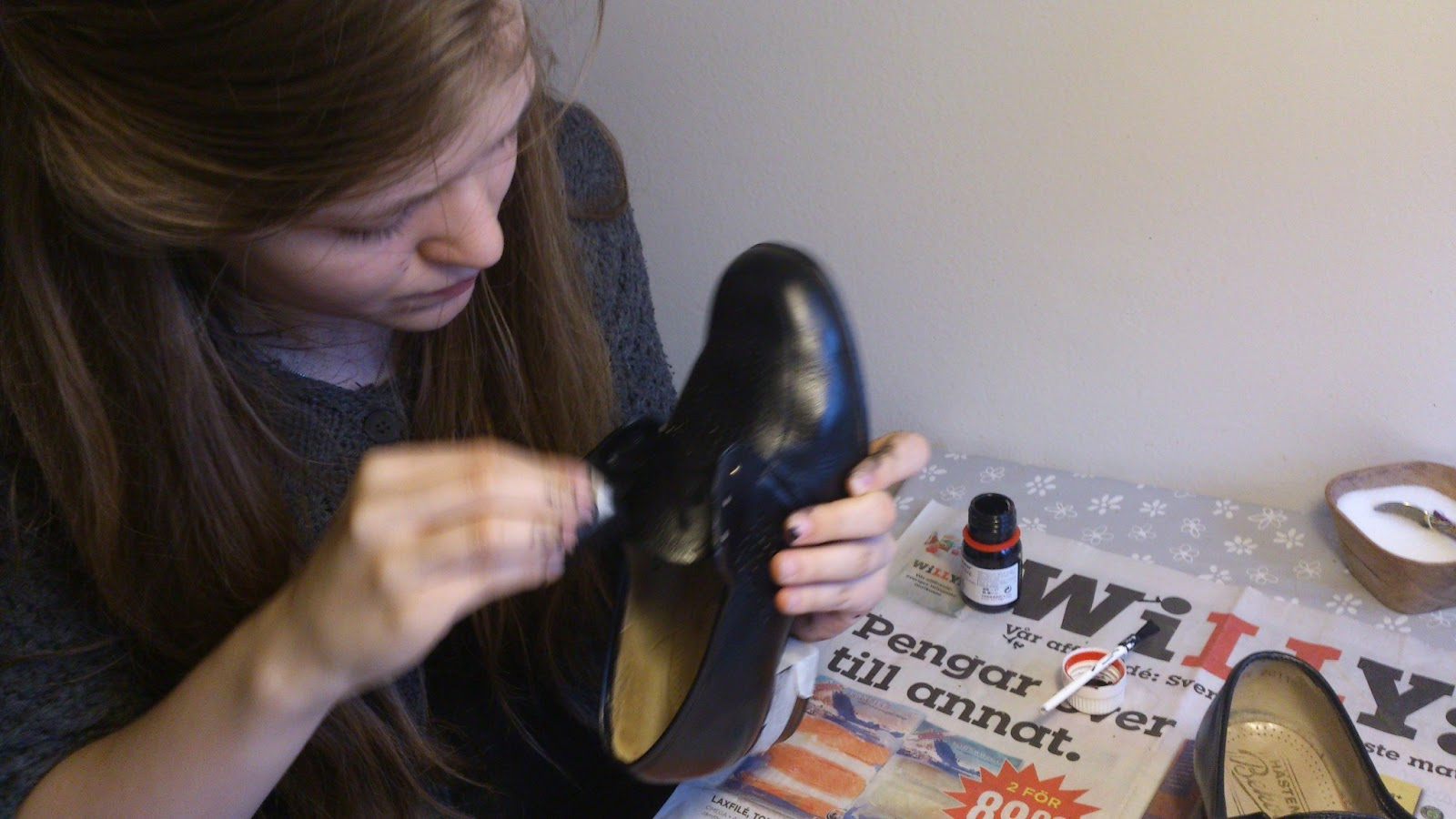66b44b31bce Läderfärg till skor