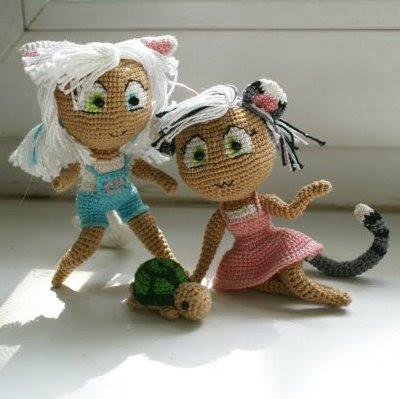 Куклы девочки-кошки амигуруми