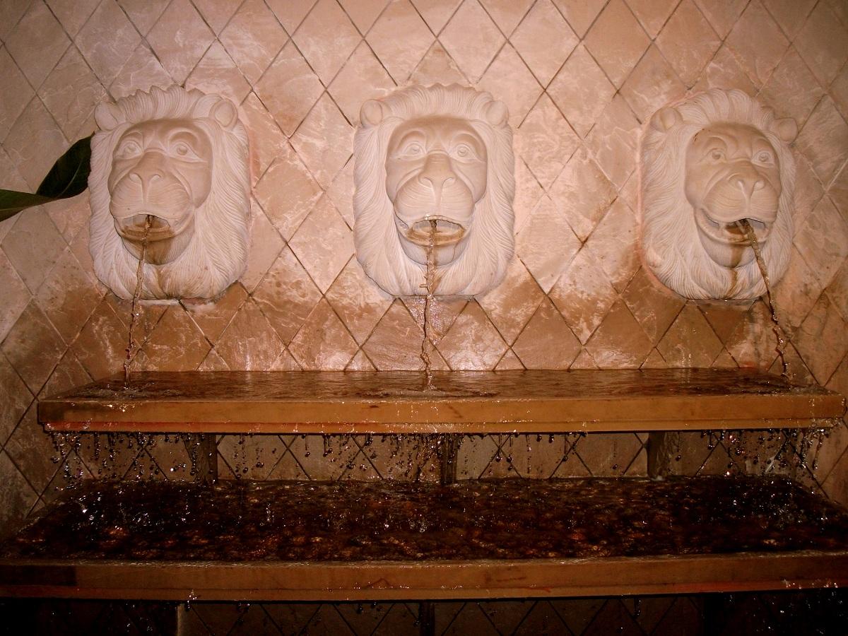 Mumbai Candid Virtual Tour Bungalow 9: Mumbai Candid: Virtual Tour: Bungalow 9