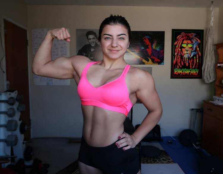 Tessa Barresi 17 year old Female Bodybuilding