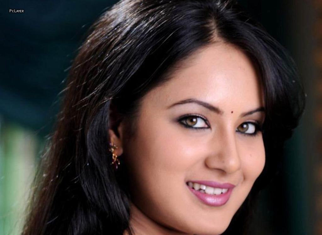 Celebrities Portfolio  Pooja Bose-5596