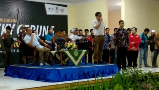 Kehadiran Rocky Gerung Disambut Gema Takbir di Universitas Muhammadiyah Jember
