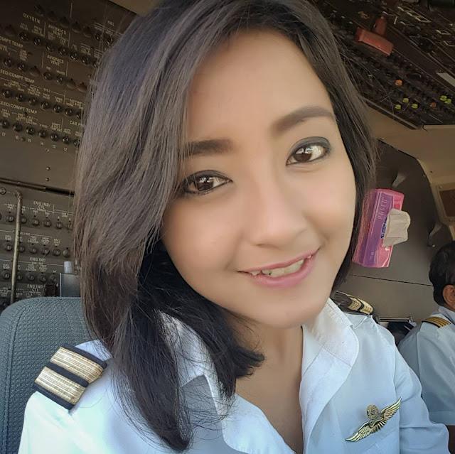 Pilot Indonesia ini Cantik Menawan
