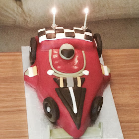 Whose birthday is it today? Car birthday cake