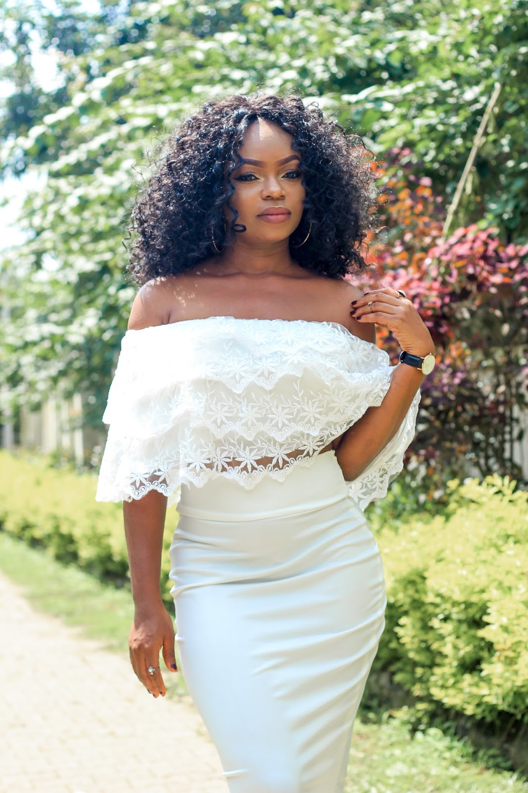 COLD SHOULDER - Lace Cold/Off Shoulder Top with White Pencil Skirt
