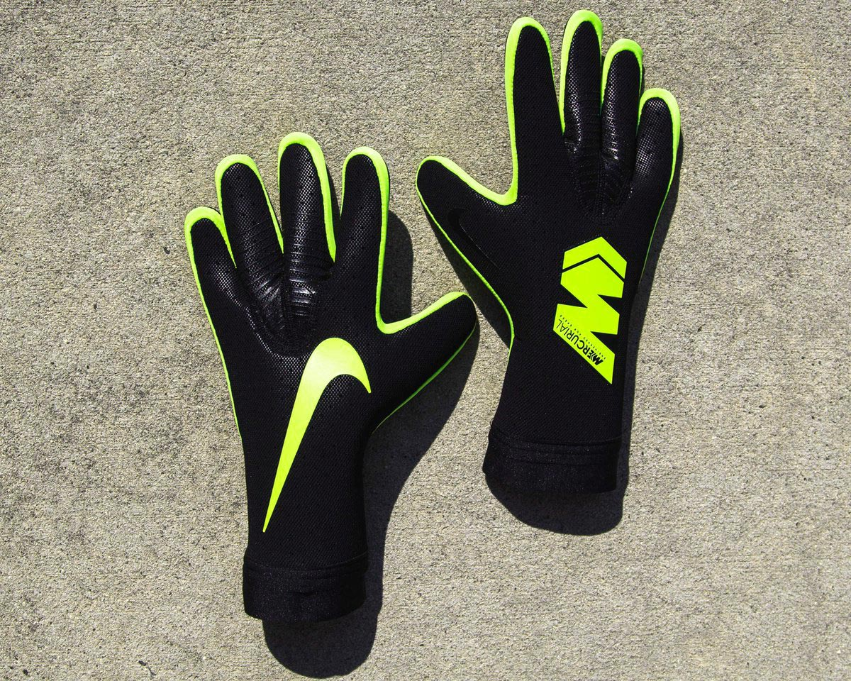 Black / Volt Strapless Nike Mercurial Touch Elite ...