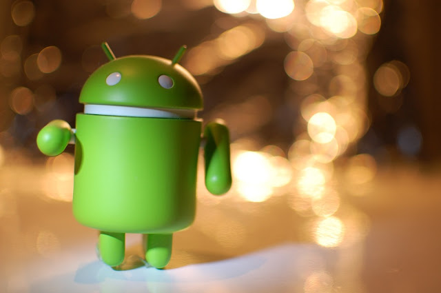 Untuk melihat versi android pada smartphone adnroid kita Bagaimana Cara Melihat Versi Android Ponsel Kita?