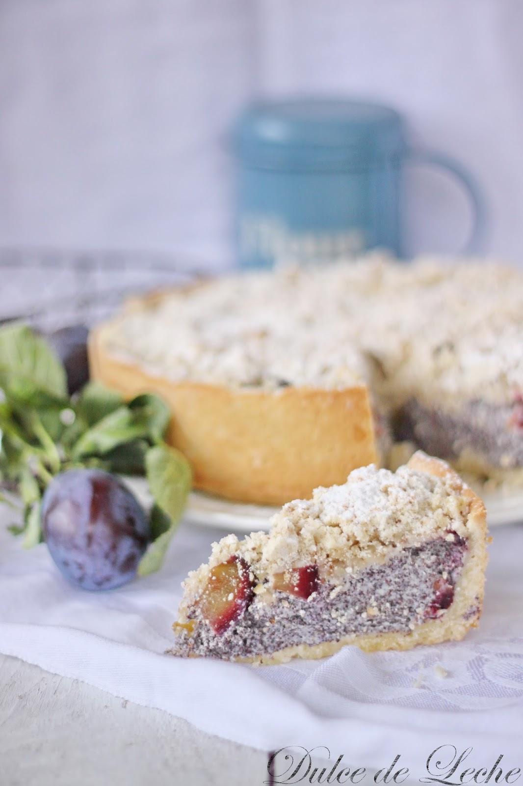 Makovo tvarohový koláč so slivkami