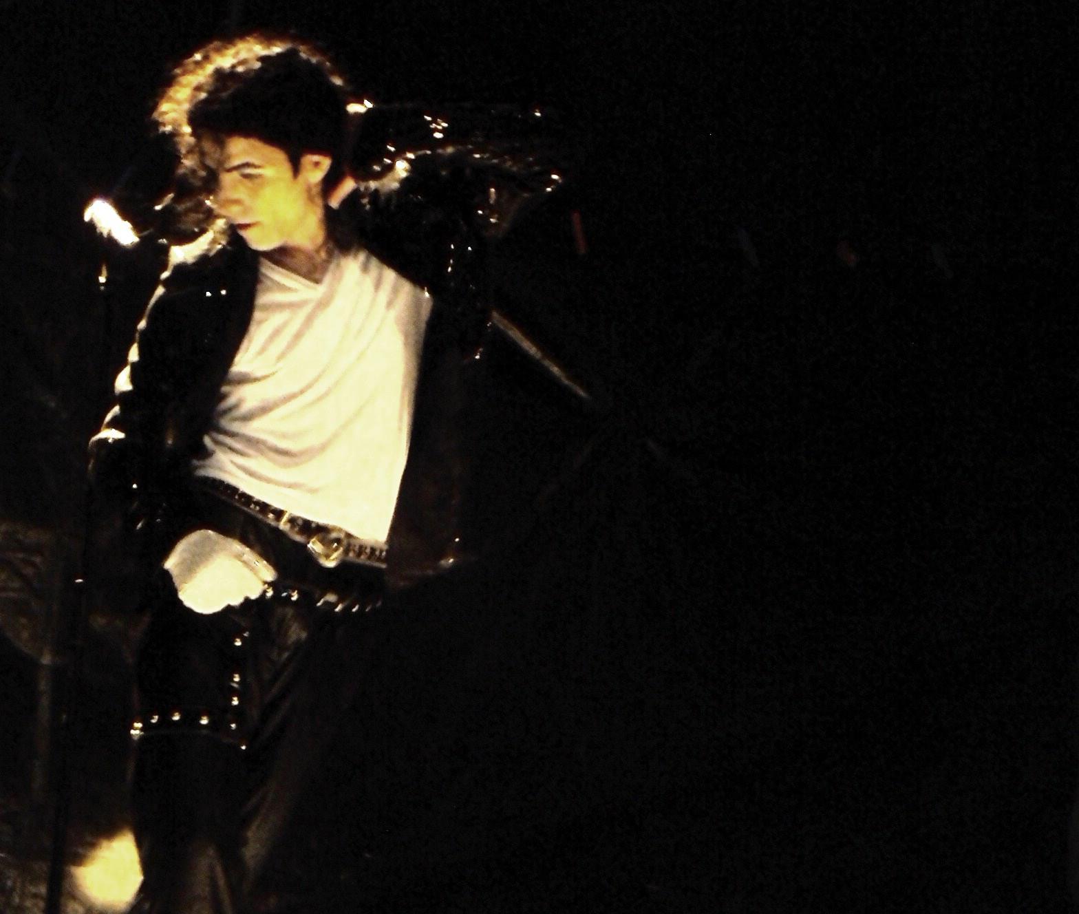 Delfim Miranda - Michael Jackson Tribute - In the Azores Islands - Billie Jean