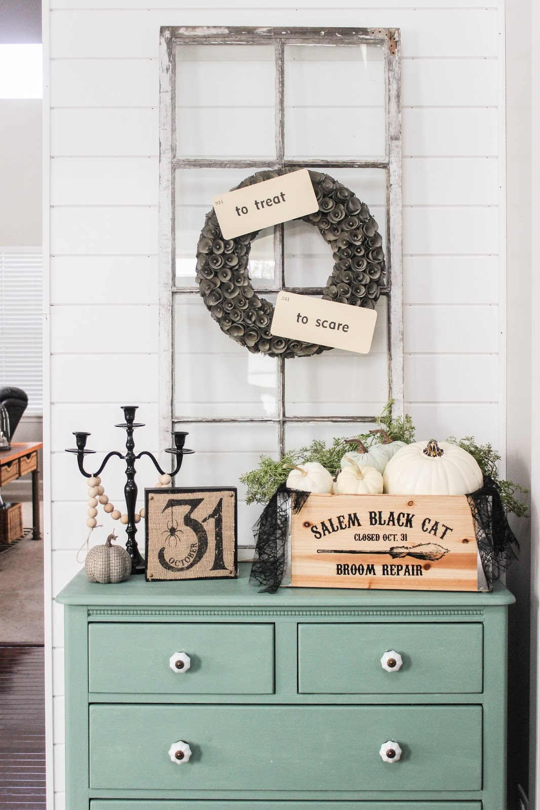 farmhouse style halloween decor