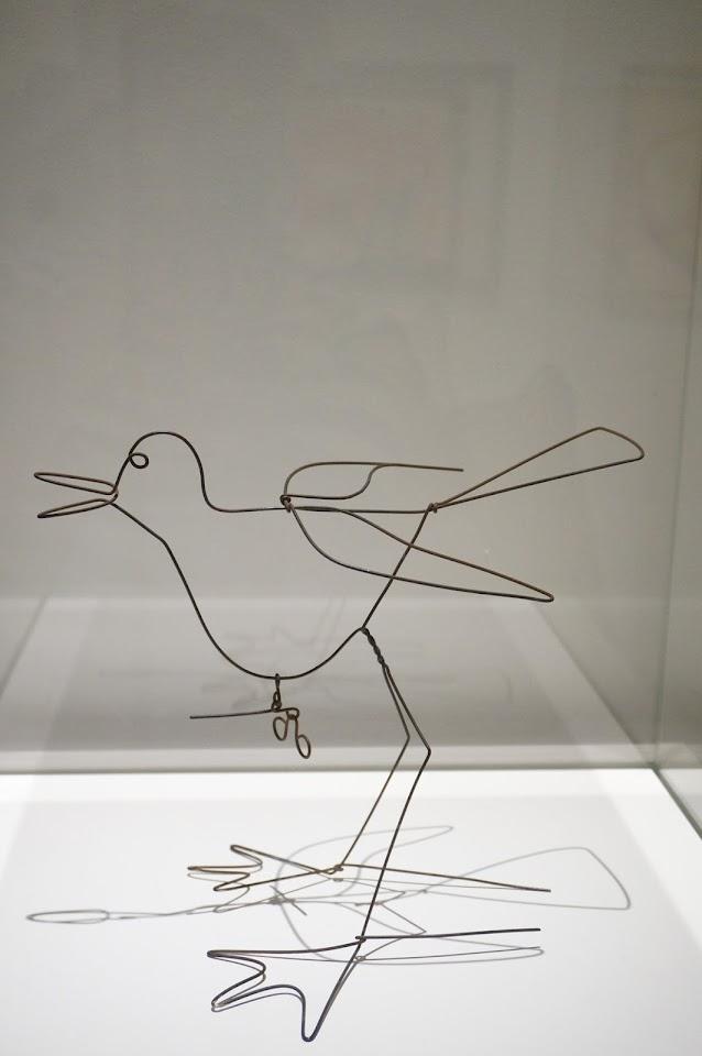 Alexander Calder - oiseau aux roubignoles 1954 Musee Soulages