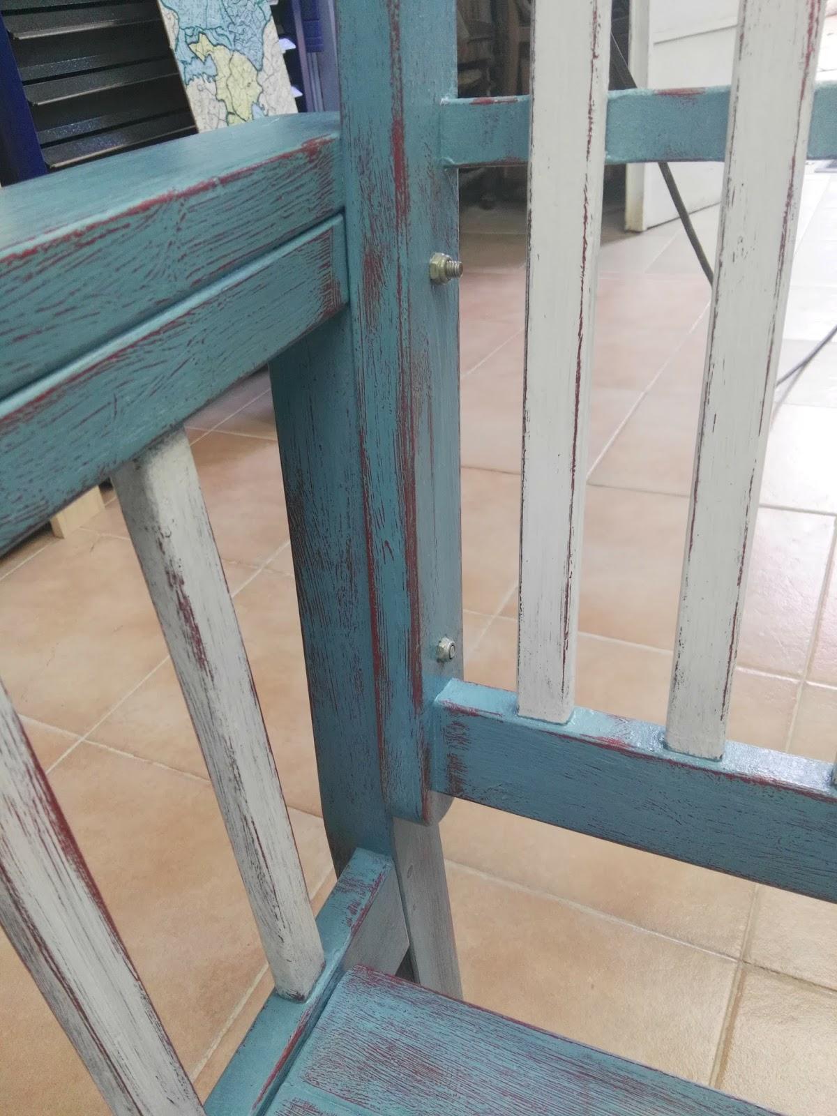 Restauraci n de muebles la mecedora la terraza turquesa for Mecedora terraza