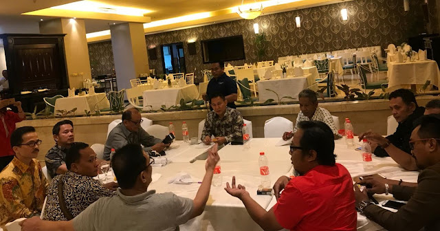 Acclamation, Official Mandagi Leading Indonesian Press Council
